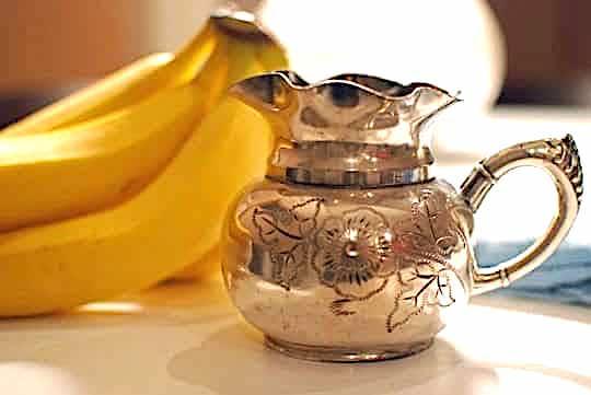 faire briller l'argenterie avec peau de banane