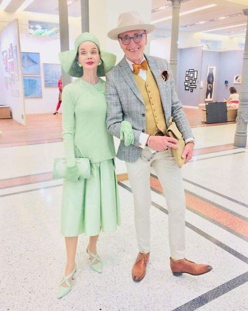Couple allemand dans un musée