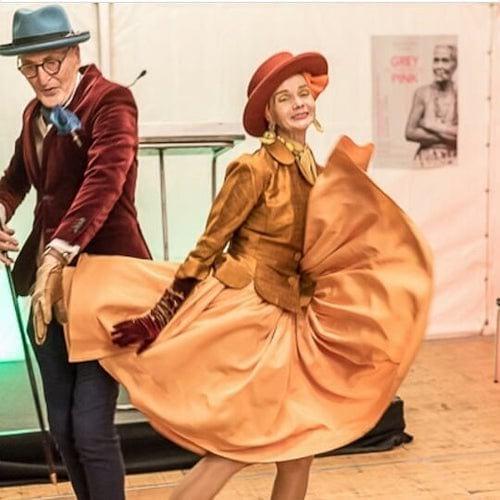 Couple allemand qui danse