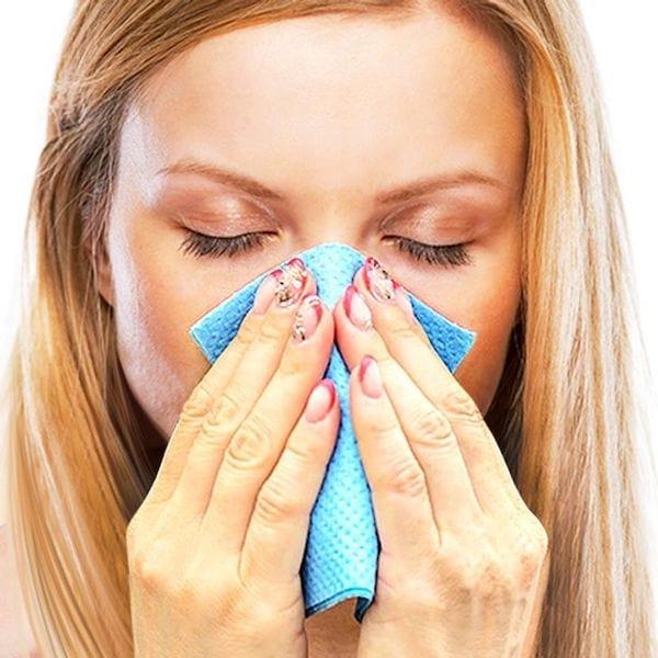 comment déboucher le nez avec un mouchoir chaud