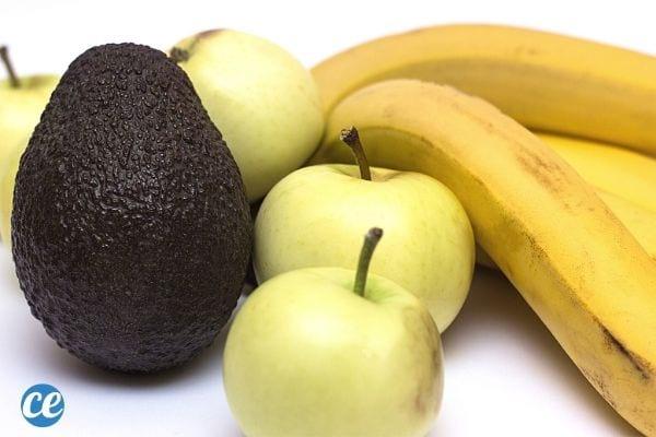 banane, pomme et avocat