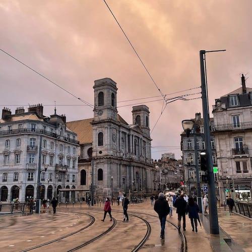 La ville de Besançon avec la cathédrale