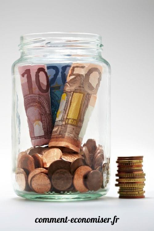 Les petites économies dans ce bocal s'accumulent rapidement.