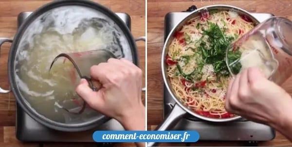 Une main qui réutilise l'eau de cuisson des pâtes pour lier la sauce.