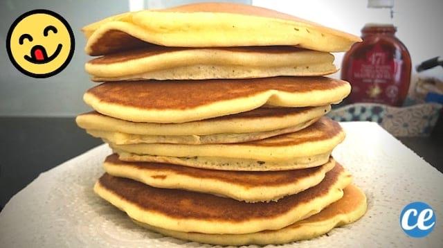 Des pancakes les uns sur les autres bien moelleux fait maison qui tue