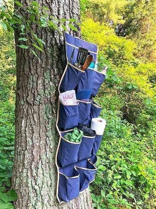 Un range-chaussures pour ranger vos affaires de camping.