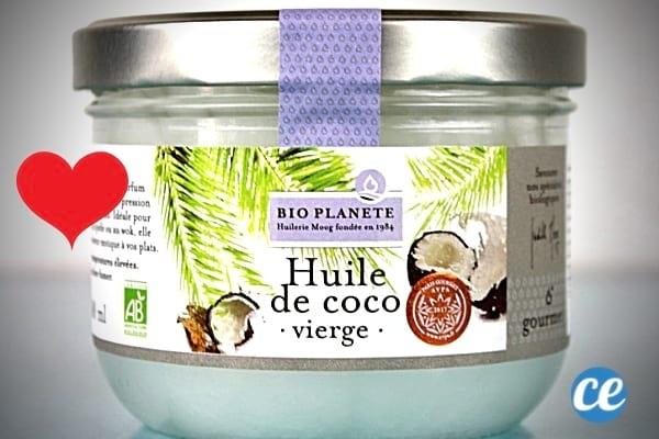 Un pot d'huile de coco vierge à appliquer sur la peau pour profiter des bienfaits