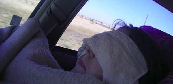 Voici les choses qu'il faut toujours garder dans votre voiture pour votre bien-être et le confort.