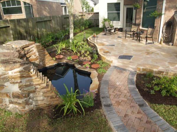 Ajoutez un plan d'eau pour embellir votre jardin