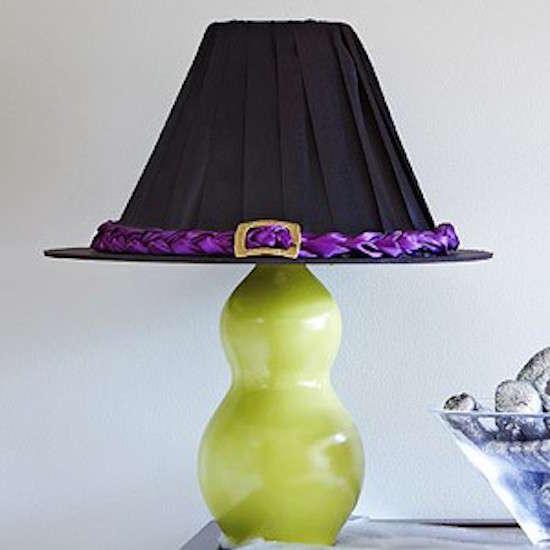 Faire un abat-jour en forme de chapeau de sorcière