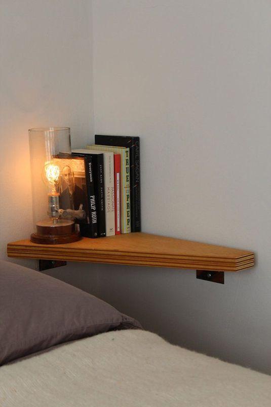 Comment faire lorsque l'on a pas assez de place pour une table de chevet dans la chambre à coucher ?
