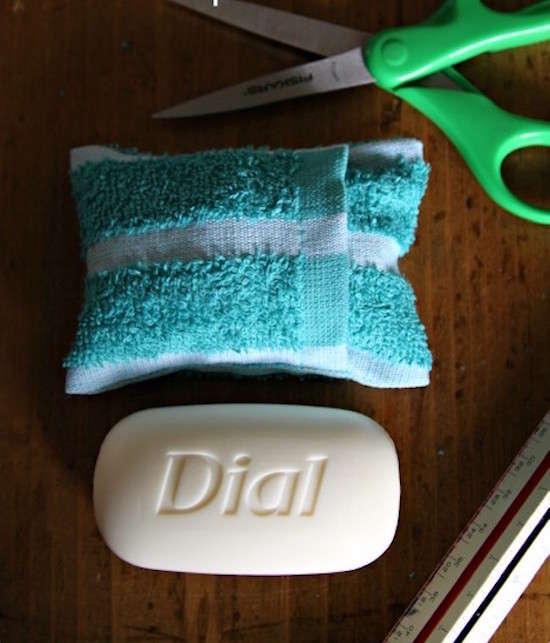 Pour un étui à savon ultra léger, utilisez votre gant de toilette.