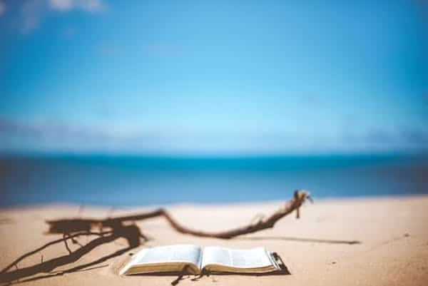 Les études scientifiques indiquent qu'aller à la plage est une excellent moyen de stimuler votre créativité.