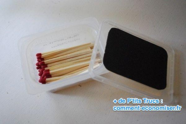 Mettez les allumettes dans un boite pour les garder seches