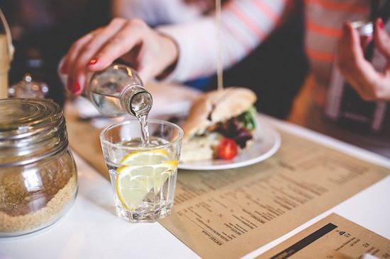 Saviez-vous que le citron régule la digestion et nettoie le foie ?