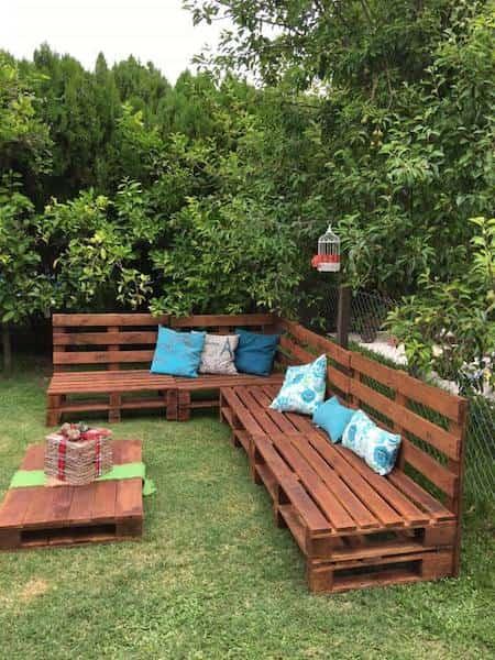 Comment Faire un Salon de Jardin Sur Roulettes Avec Des Palettes en ...