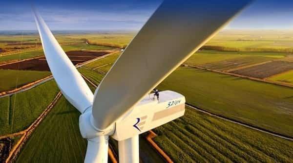 des éoliennes pour créer énergies propres au portugal