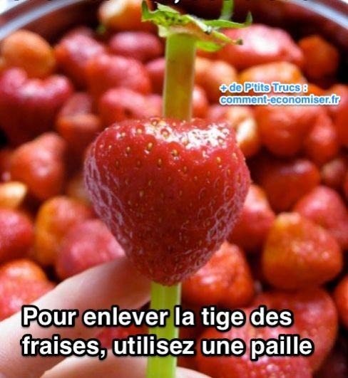 Comment équeuter les fraises avec une paille