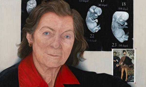 Ann Mc Laren a créé les premiers bébés souris éprouvette
