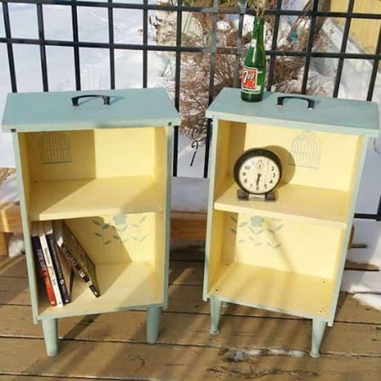 Projet déco : transformez des vieux tiroirs en petites étagères