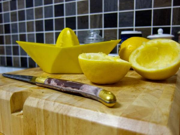 j 39 ai bonne mine gr ce au jus de citron. Black Bedroom Furniture Sets. Home Design Ideas