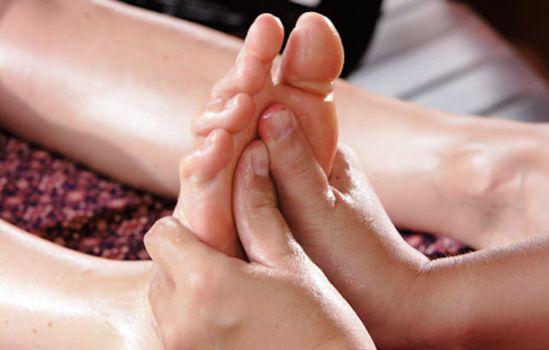 Massage pied pour la saint valentin
