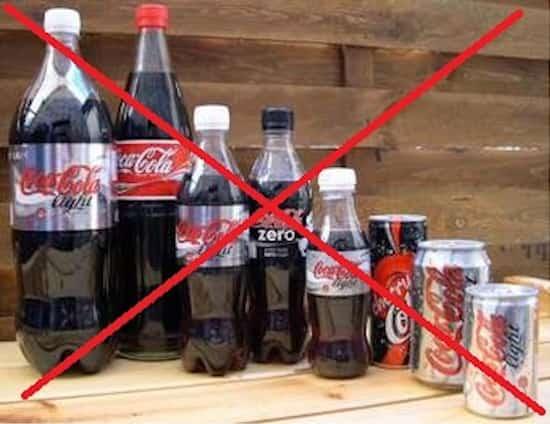 Toutes sortes de bouteilles de coca light