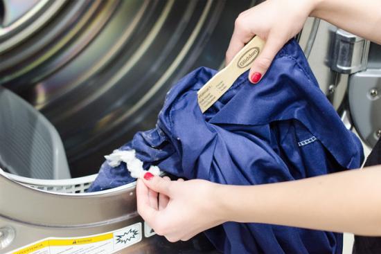 le truc pour nettoyer les saletés du sèche linge