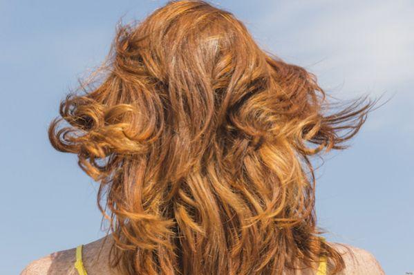Utilisez la peau des oignons pour colorer les cheveux