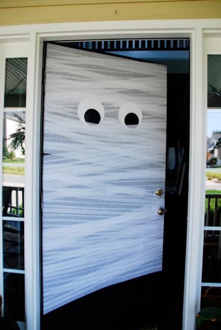 une porte momie