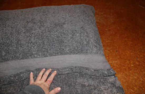 ce sac se transforme en serviette de plage avec coussin int gr d couvrez le tuto ici. Black Bedroom Furniture Sets. Home Design Ideas