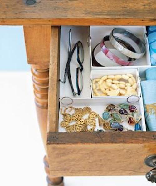 12 astuces ing nieuses pour mieux organiser sa maison. Black Bedroom Furniture Sets. Home Design Ideas