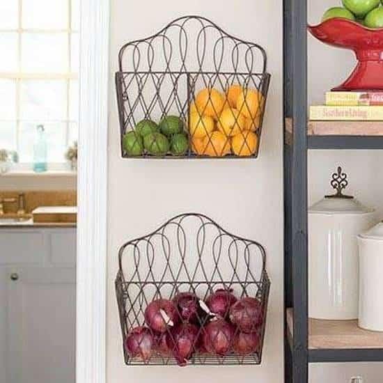 ranger fruits et déco dans la cuisine
