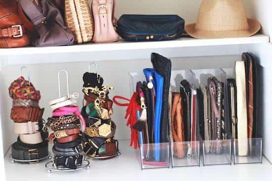 ranger les pochette porte-monnaie et sac à mains bien organisé