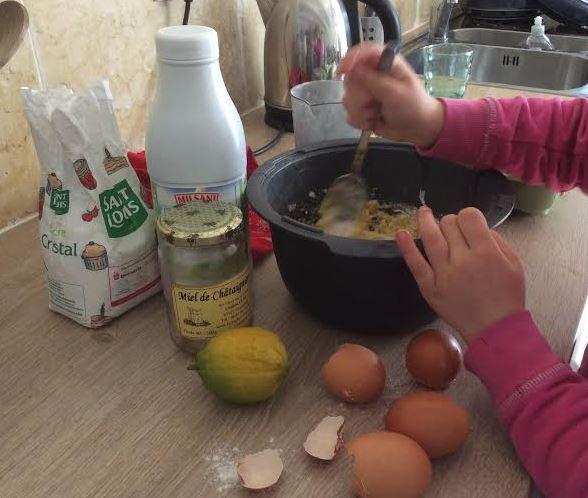 la recette économique pas cher des crêpes au miel et citron