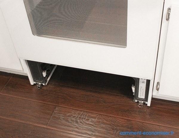 enfin une astuce pour nettoyer entre les vitres d 39 un four. Black Bedroom Furniture Sets. Home Design Ideas