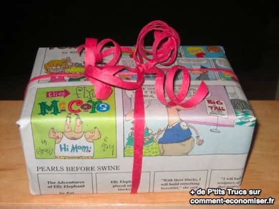 du papier journal coloré pour emballer les cadeaux gratuitement