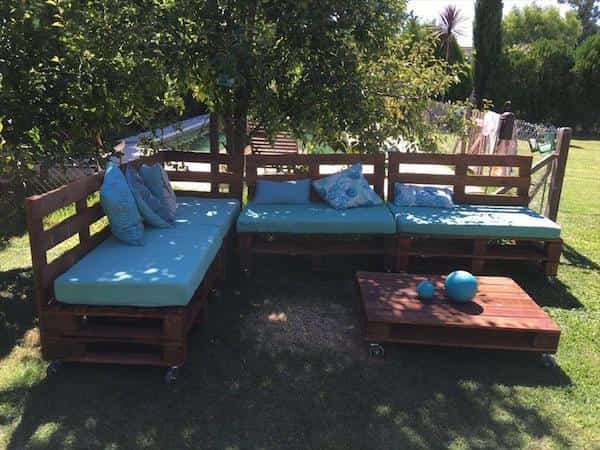 Comment Faire un Salon de Jardin Sur Roulettes Avec Des ...