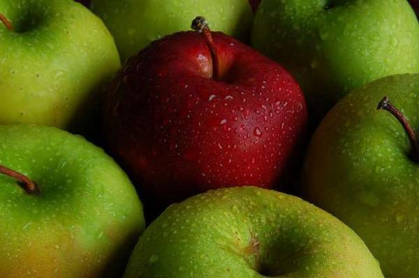 Les pommes françaises sont bien empoisonnées aux pesticides, selon la justice et Greenpeace.
