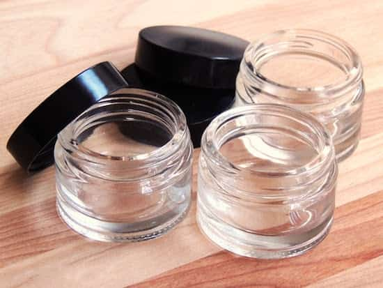 pot de verre pour cosmétique maison