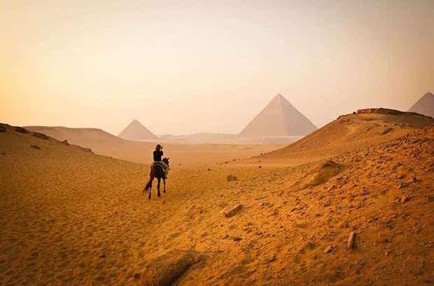 Pyramides de Gizeh au Caire