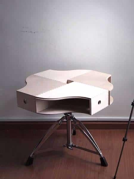 table basse faite avec porte revue rangement et design