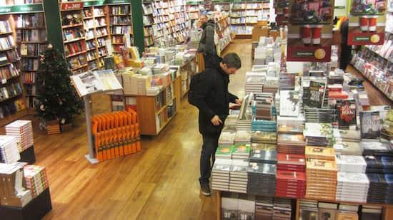 Les Islandais adorent les livres et offrent un livre à chaque Noël.