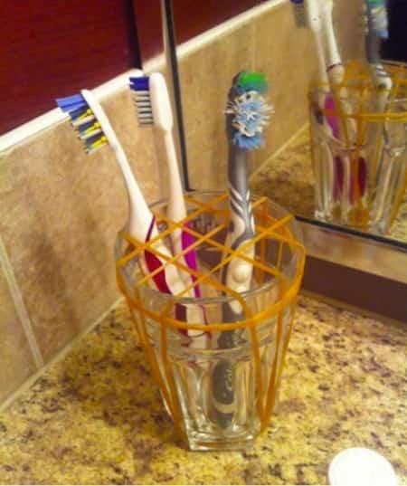 verre à dent fabriqué maison compartiment
