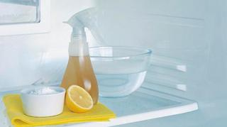 2 astuces pour nettoyer frigo
