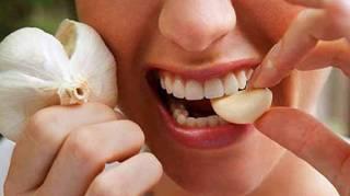 remède pour soulager rapidement une rage de dents avec ail
