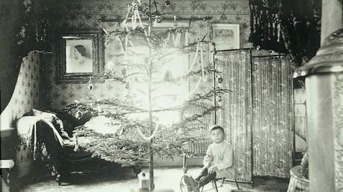 Voici à Quoi Ressemblaient Les Sapins de Noël Il y a 100 ans (12 photos).