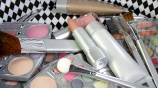 comment-conserver-le-maquillage-longtemps
