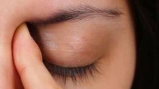 massage-occulaire-pour-lutter-contre-stress