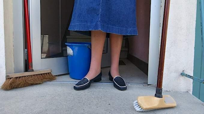 Les Produits Ménagers Seraient Aussi DANGEREUX Pour les Poumons Que les CIGARETTES.